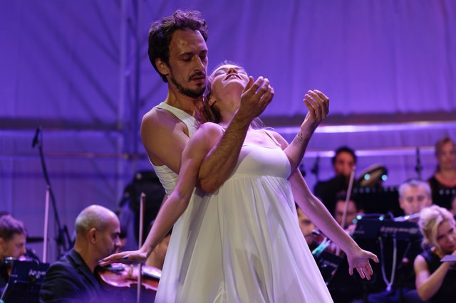 man-and-woman-dancing-1443447